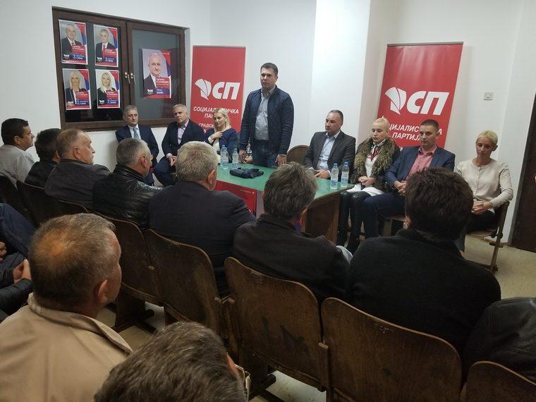 Социјалисти на трибини у Батковићу